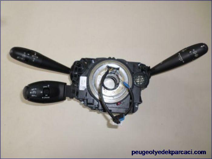Citroen c3 2011 sinyal kolu airbag sargýsý