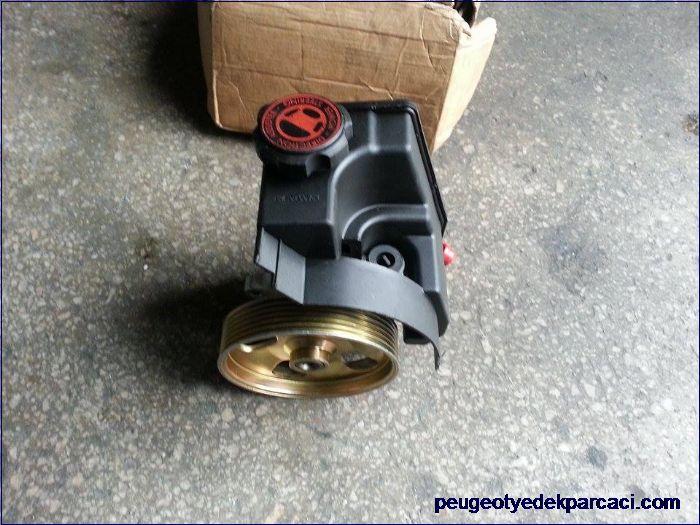 Peugeot 206 direksiyon pompasý