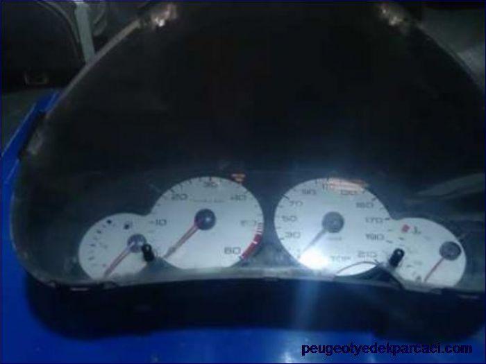 Peugeot 206 gösterge saati
