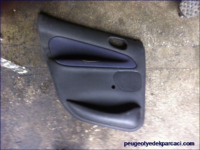 Peugeot 206 sol arka kapý döþemesi