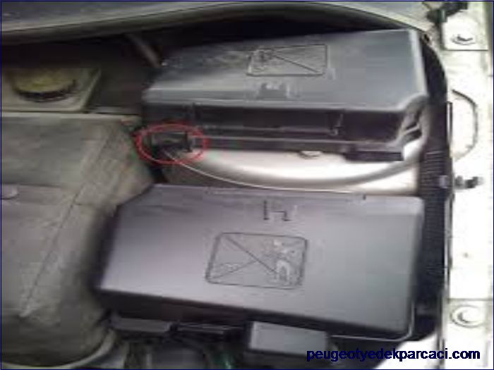 Peugeot 206 Sigorta Kapaðý Üst