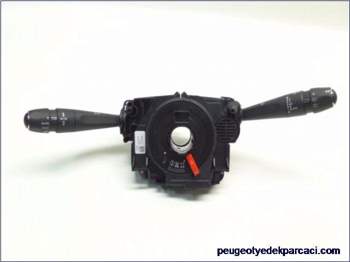Peugeot 3008 Sinyal Kolu