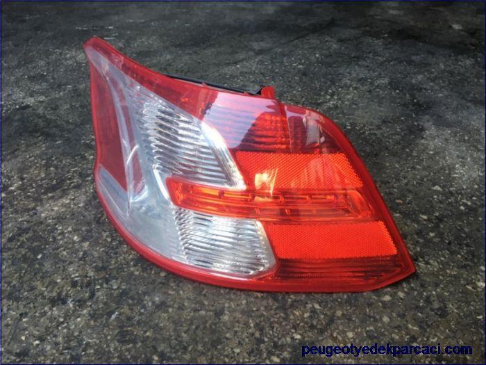 Peugeot 301 Stop Lambasý Sol