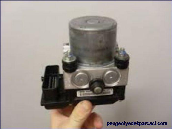 Peugeot 308 Abs Beyni 0265800555