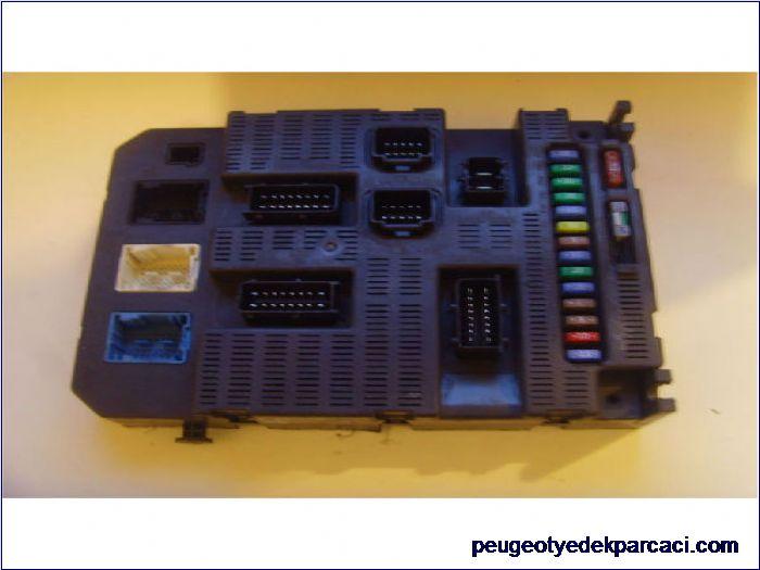 Peugeot 308 Bsi Beyni 9663798180
