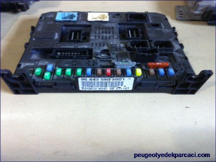 Peugeot 407 bsi beyni 9664059080