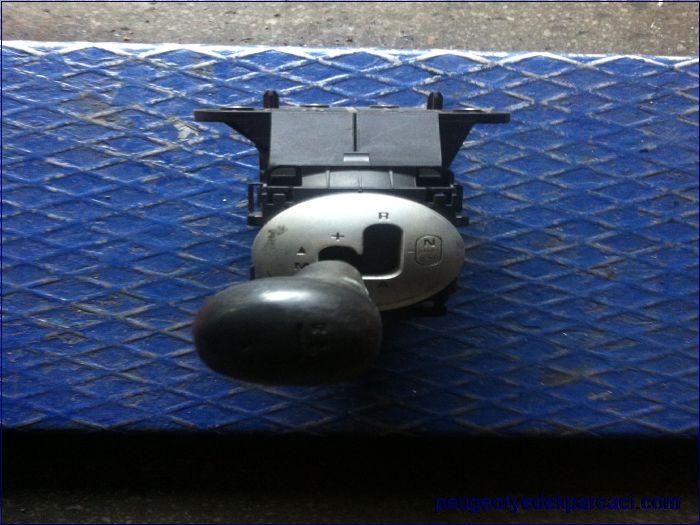 Peugeot bipper vites kolu otomatik 9680125380