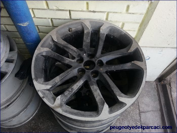 Peugeot Rcz Orjinal Çelik Jant